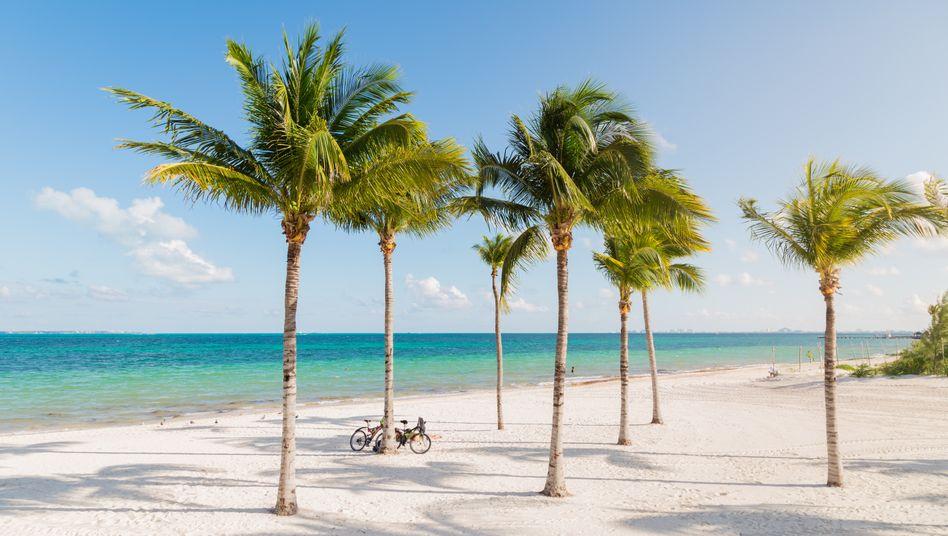 Die weißen Sandstränden von Cancún liegen auch an der Strecke des neuen Maya-Zugs