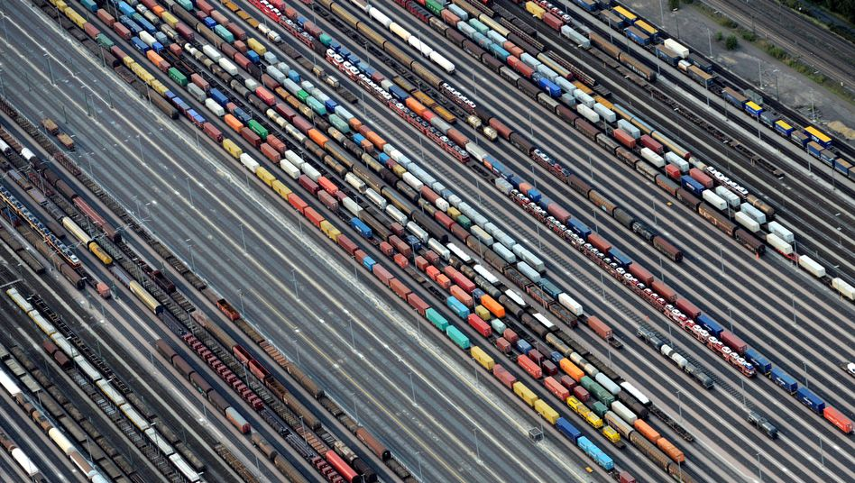 Güterzüge im Rangierbahnhof Maschen (Archiv)