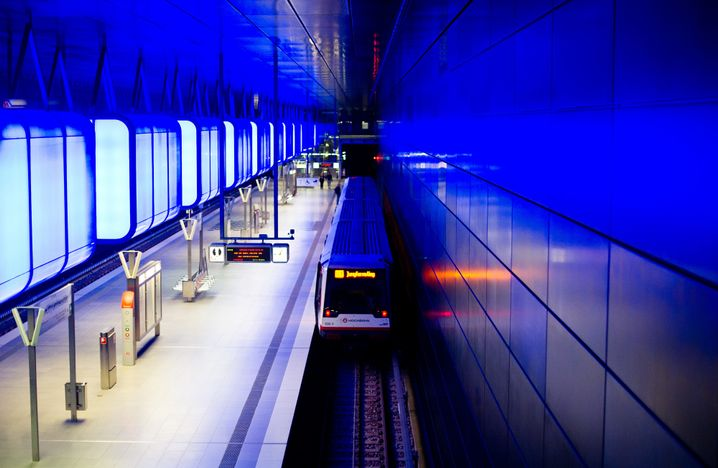 "A subway station in Hamburg: ""Public mobility isn't a business model. It's a social task."""