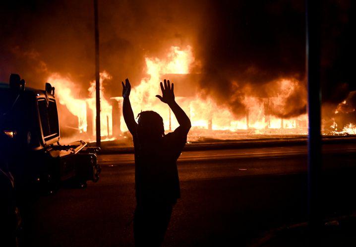 Brennendes Gebäude in Kenosha, 24.8.2020