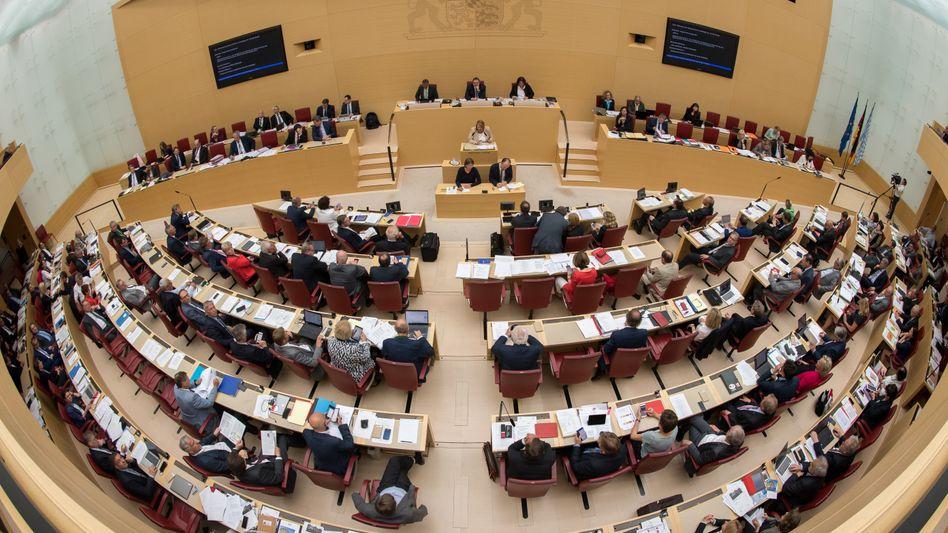 Die Fraktionen der Grünen und der SPD im bayerischen Landtag fordern Aufklärung