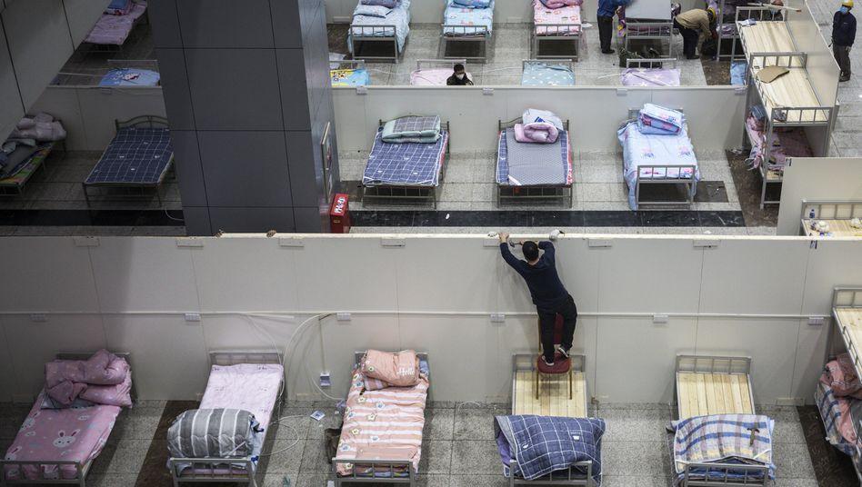 In Wuhan, dem Zentrum des Ausbruchs, werden weitere Unterkünfte für Erkrankte bereitgestellt