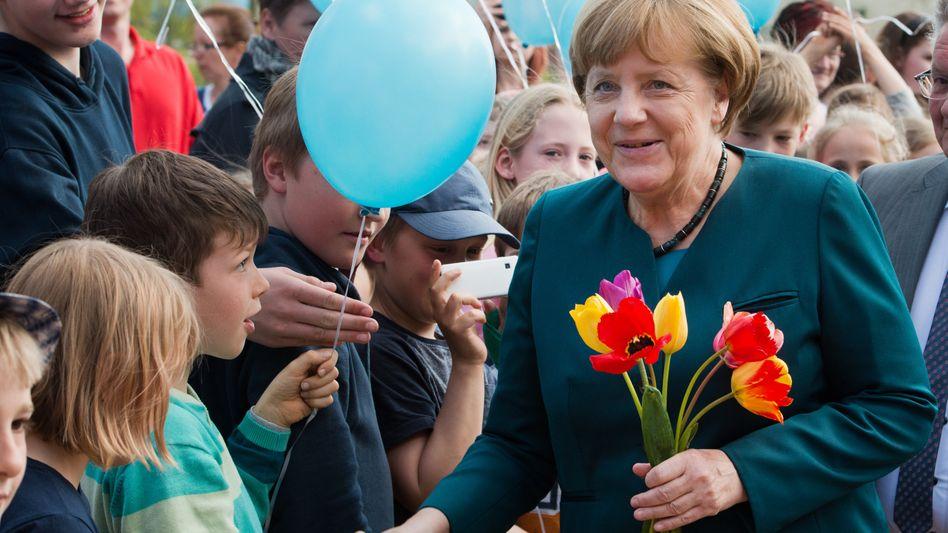 Angela Merkel in ihrem Wahlkreis Anfang Mai