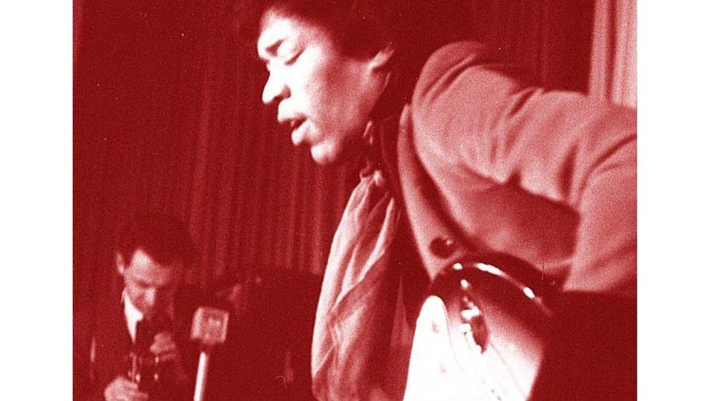 Auf der Reeperbahn nachts um halb eins: Daddeln mit Jimi Hendrix