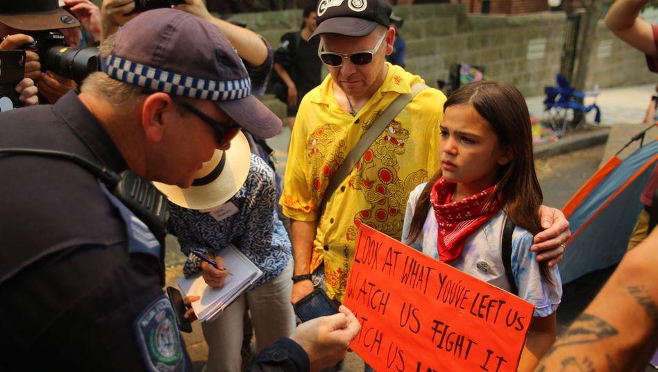 """Isolde Raj-Seppings bei der Demonstration vor dem Kirribilli House in Sydney: """"Ein Tag, den ich nicht so schnell vergessen werde"""""""