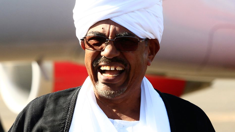 Sudanese President Omar al-Bashir may be Europe's next partner in fighting migration from Africa. He's wanted on war crimes charges.