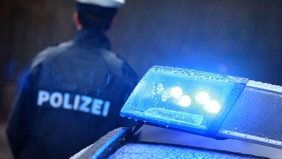 kurz & krass: Mann soll Polizisten angepupst haben