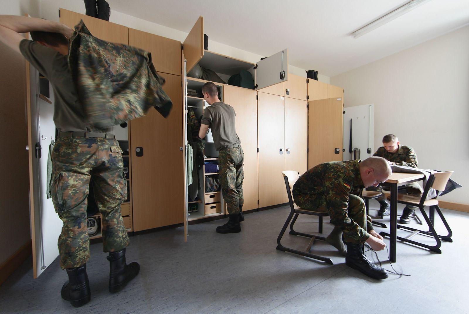 Bundeswehr / Stube / Soldaten