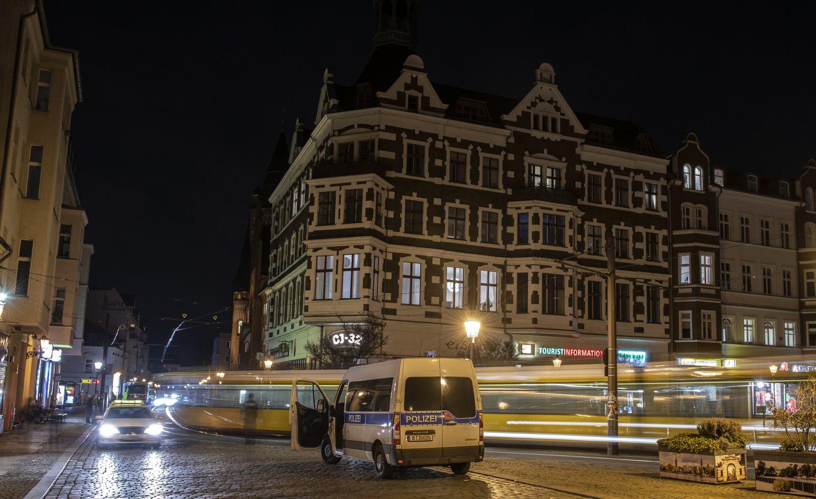 Nach Stromausfall:Altstadt von Köpenick wieder am Netz