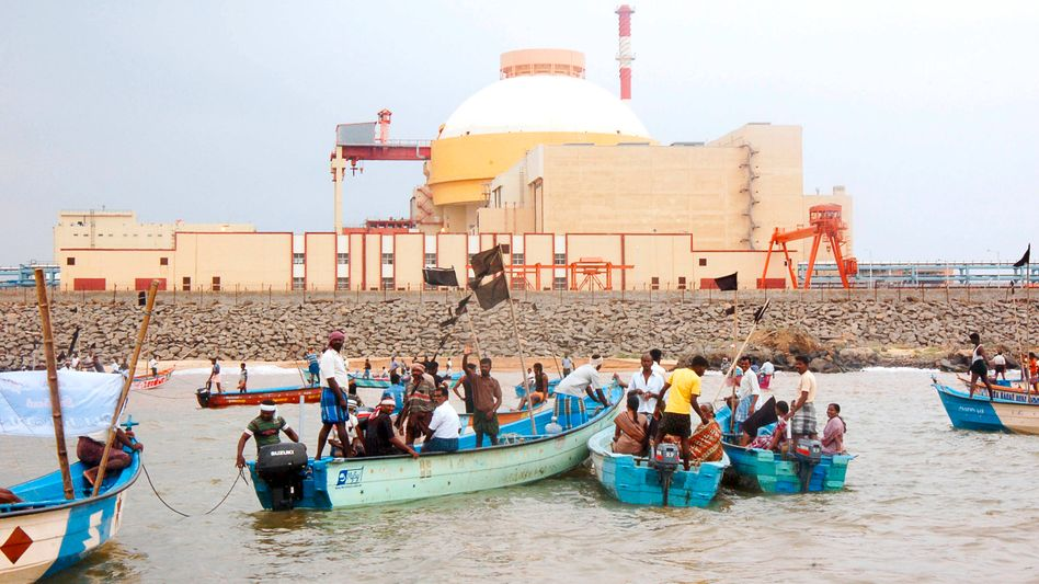 Local fisherman protest the Russian-built nuclear plant in Kudankalam, India.