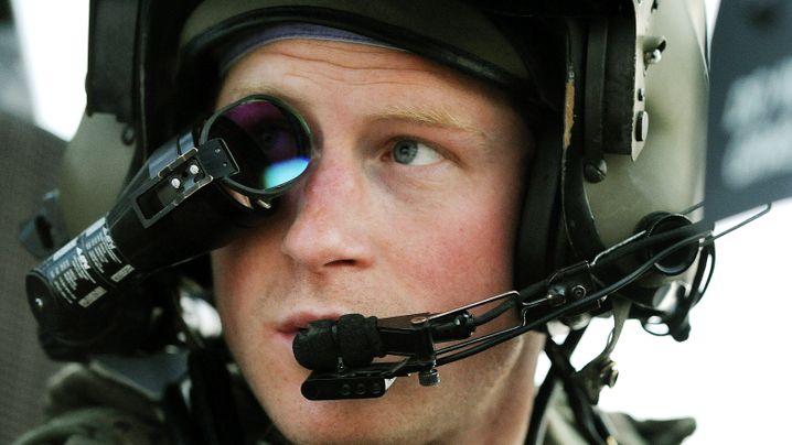 Prinz in Uniform: Zehn Jahre Captain Harry Wales
