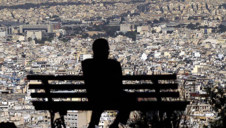"""Blick auf Häuser in Athen: """"Die Schleusen sind geöffnet"""""""