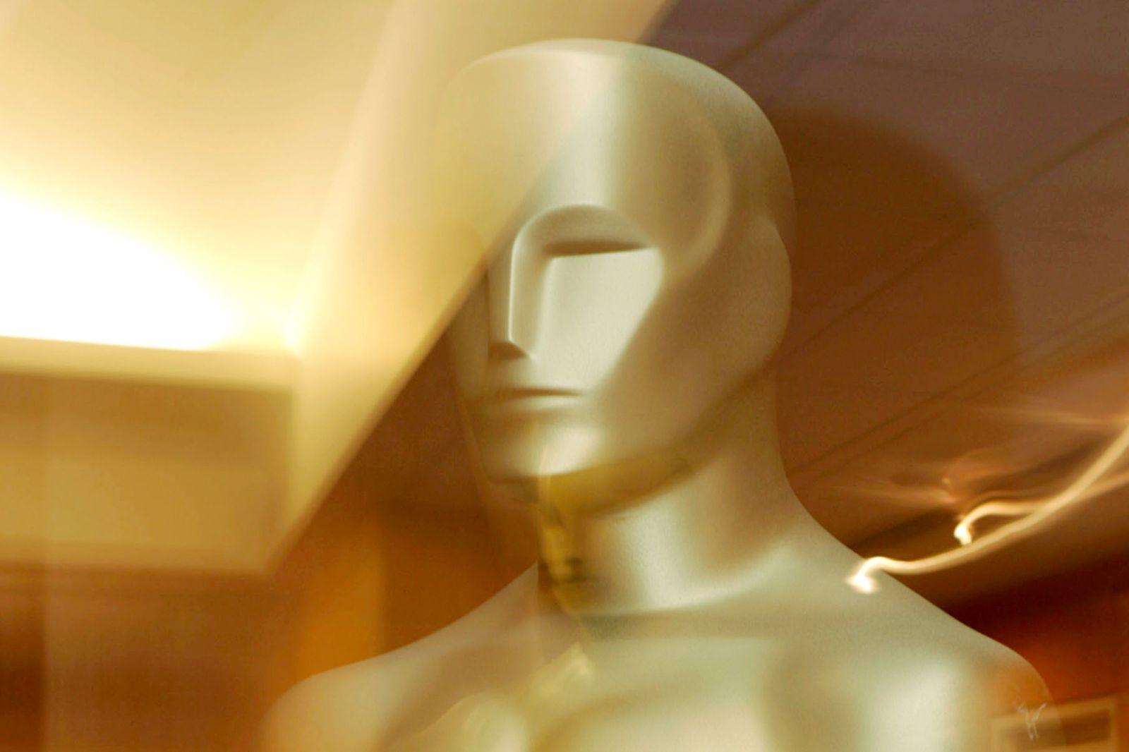 Academy Centennial Tribute to Oscar?-Winning Actress Greta Garbo