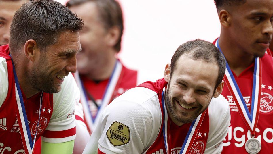 Ajax' Daley Blind fehlt seit Wochen verletzt, nun durfte aber auch er feiern
