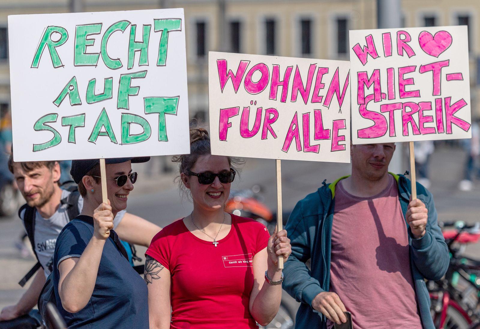 Demonstration gegen steigende Mieten -Dresden