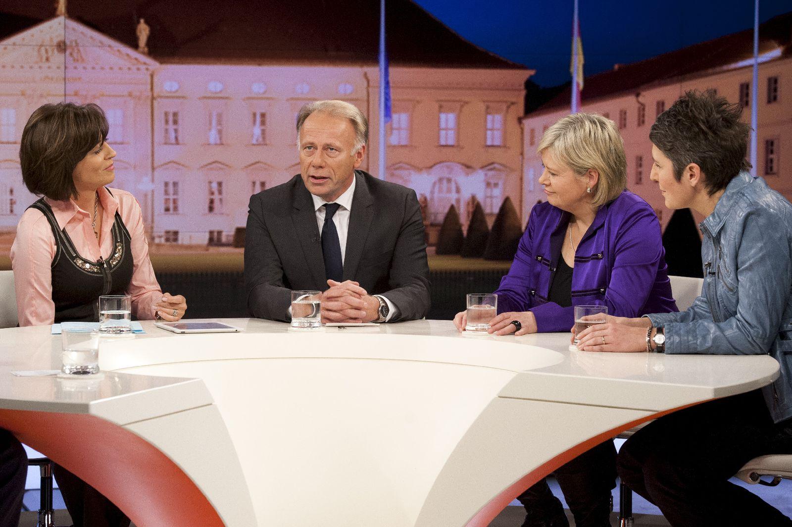 EINMALIGE VERWENDUNG Maybrit Illner/ Bundespräsident