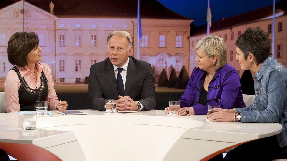 "Diskutanten Illner, Trittin, Lötzsch, Pohl: ""Wieviel Protest regt sich?"""
