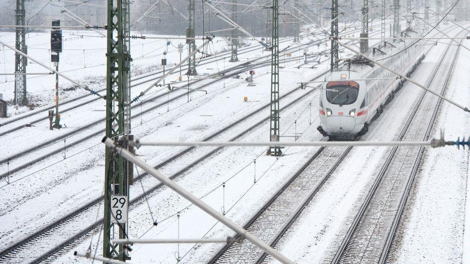 """ICE in Bayern im Dezember 2011: """"Von Siemens im Stich gelassen"""""""