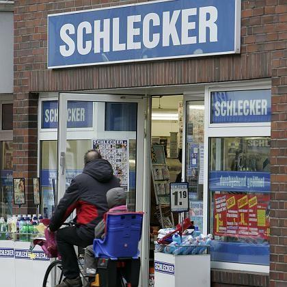 Schlecker-Filiale: Drogeriekette setzt auf niedrige Kosten