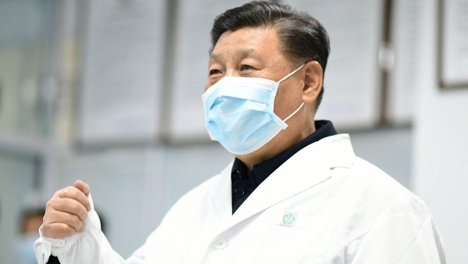 Xi Jinping: Ein Mann mit Maske
