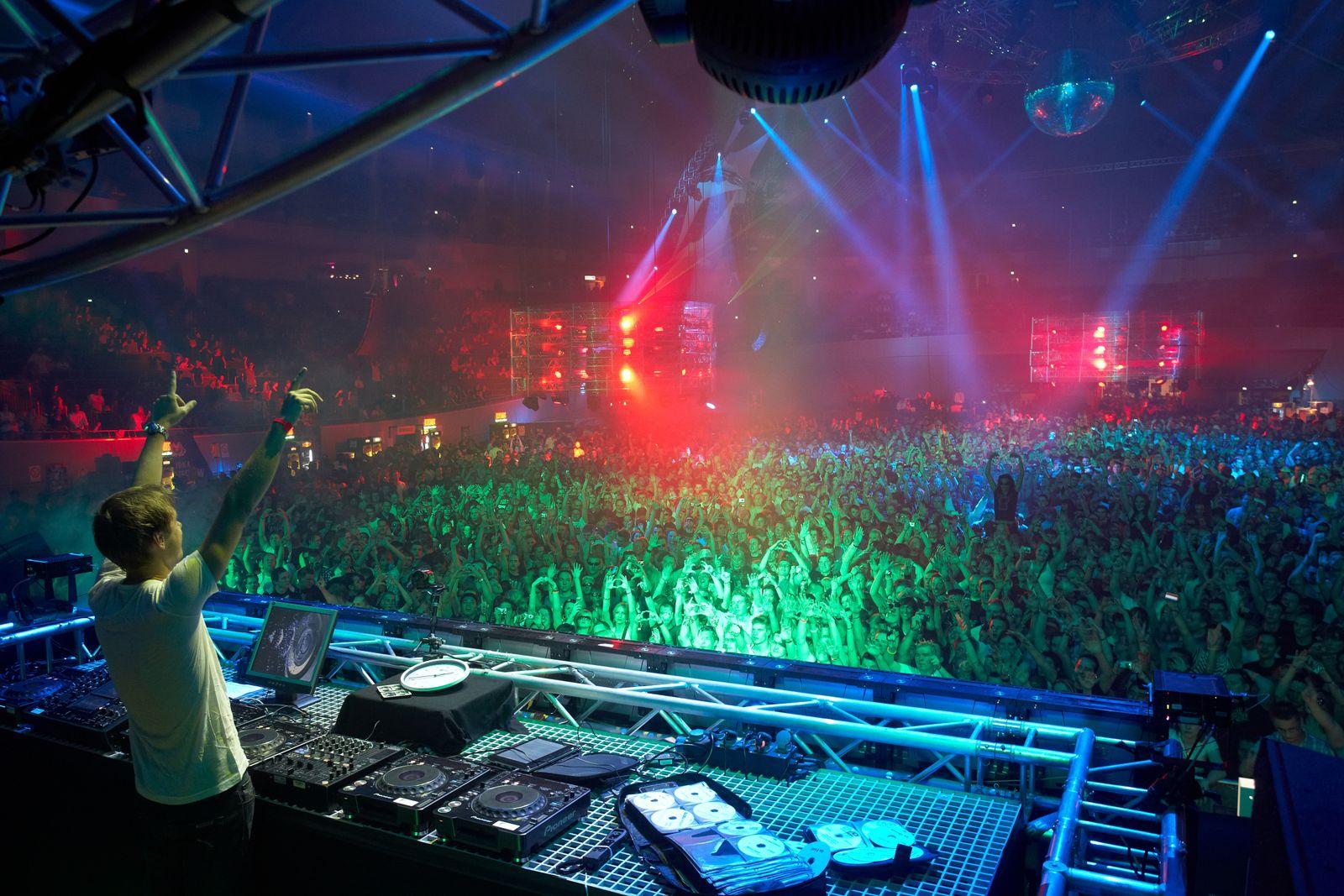DJ/Paryt/Drogen