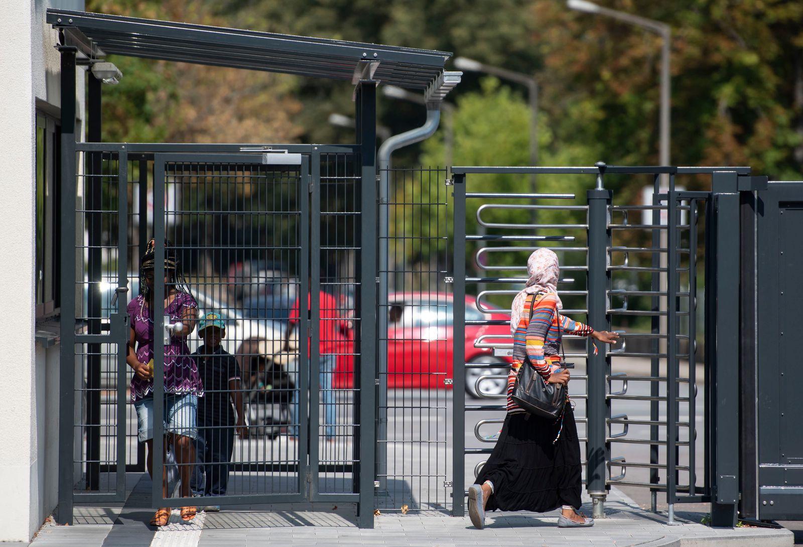 Begrüßungs- und Abschiebezentrum Asyl Bayern