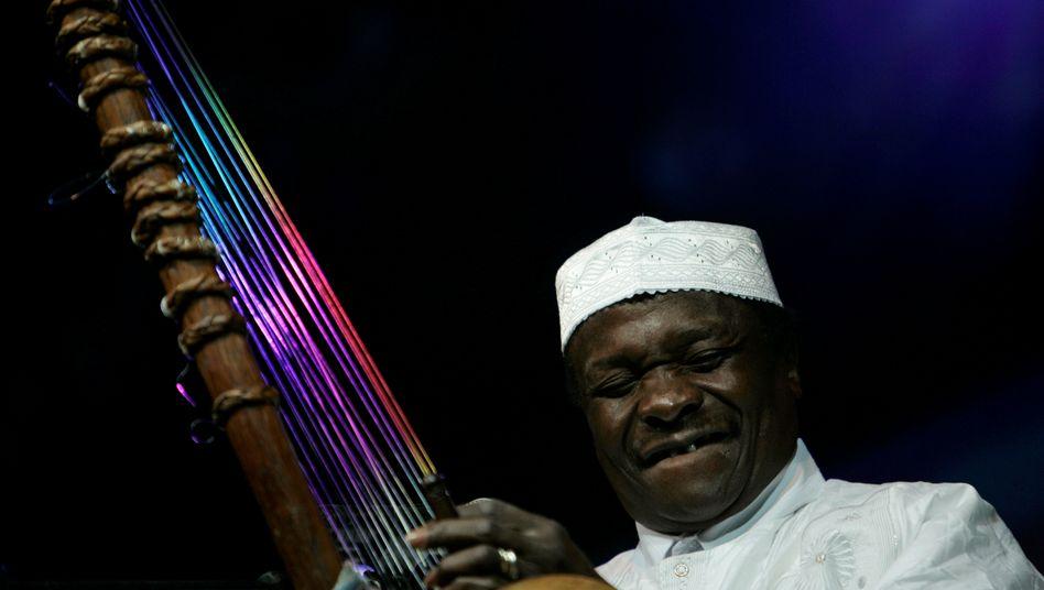 "Westafrikanischer Musiker Mory Kanté: ""Warum sollte man uns das Moderne verbieten?"""