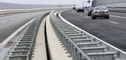 Autobahn: Gabriel will sanieren statt neu bauen