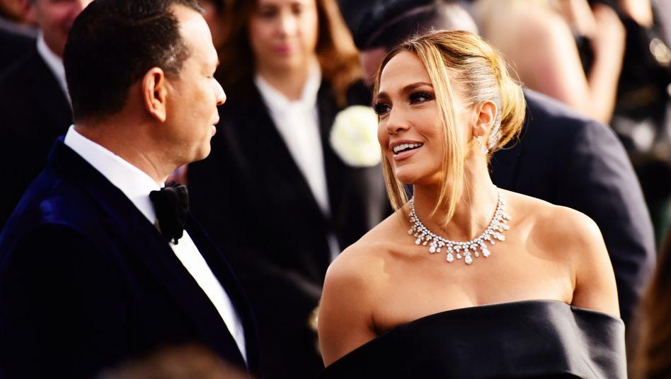 Jennifer Lopez mit ihrem Verlobten Alex Rodriguez