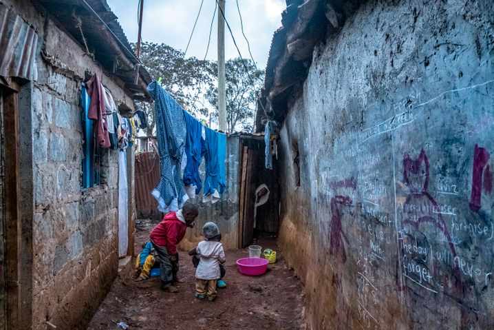 A slum in Nairobi, Kenya: Around the world, millions of children have no longer been able to benefit from school meals since the coronavirus lockdowns.