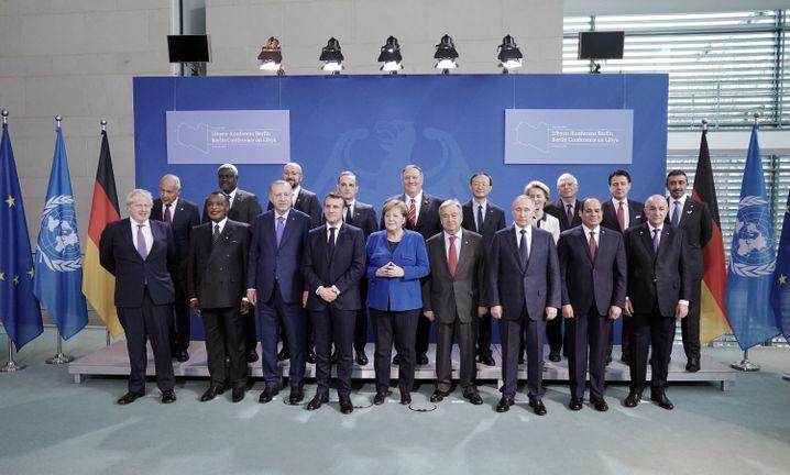 """Teilnehmer der Libyen-Konferenz: """"Zahlreiche Verstöße gegen das Waffenembargo"""""""