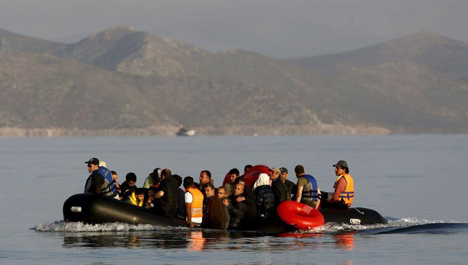 Syrische Flüchtlinge vor Kos: Brüssel drängt auf Hilfe für Italien und Griechenland