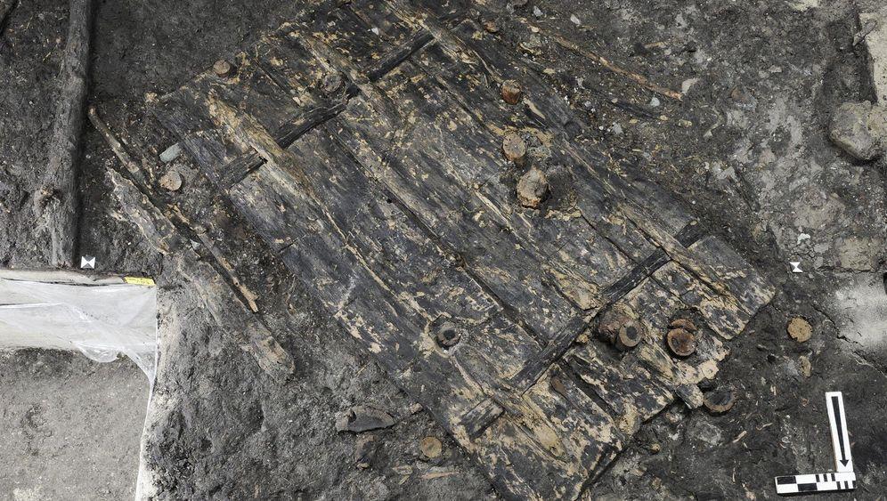 Zürich: Tür aus der Steinzeit gefunden