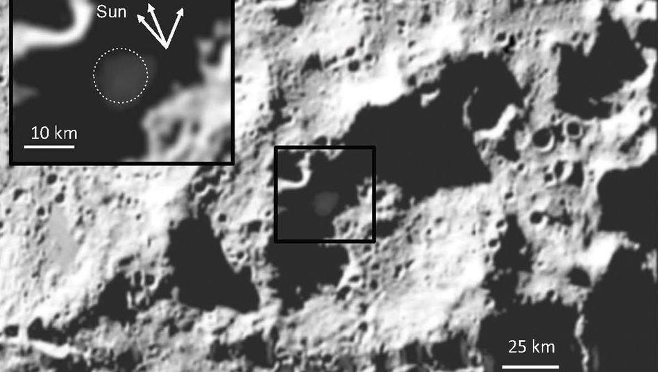 """Einschlag im Mondkrater Cabeus: """"Schatzkiste voller Elemente"""""""