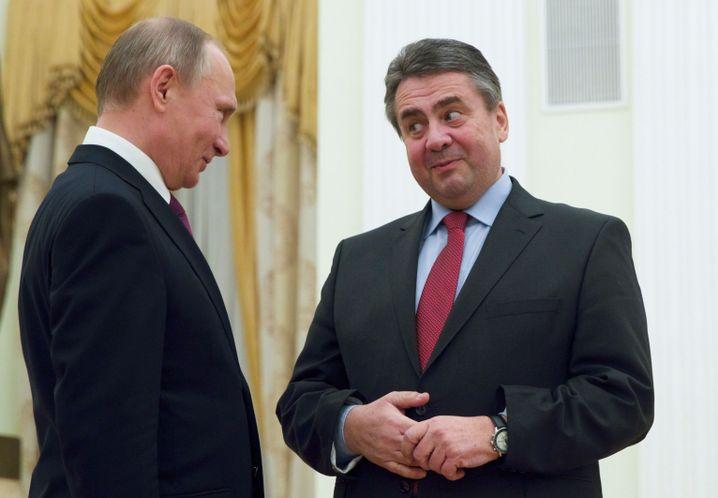 Gabriel mit Russlands Präsident Putin im März 2017