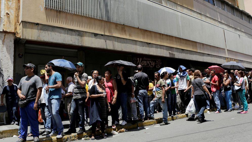 Ausnahmezustand in Venezuela: Wie die Menschen leiden