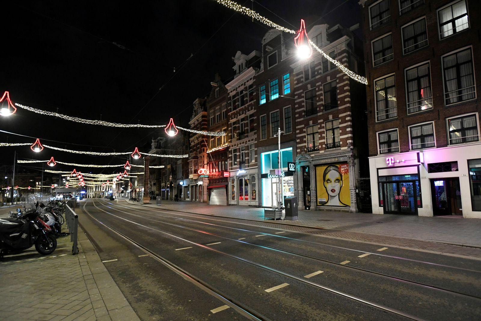 FILE PHOTO: Coronavirus disease (COVID-19) outbreak in Amsterdam