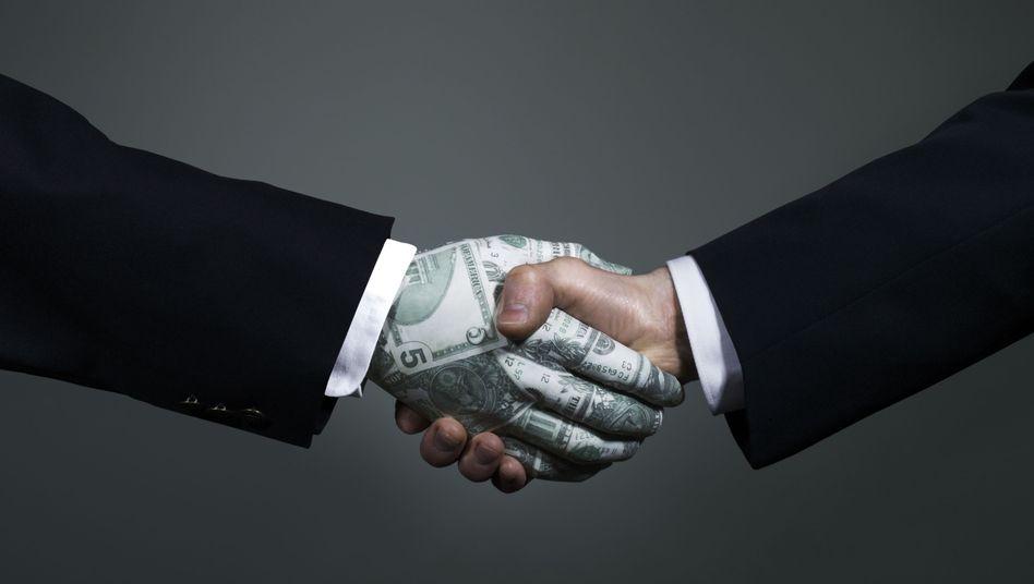 Gehaltsabschluss: Wie viel Geld nimmt der Chef in die Hand?