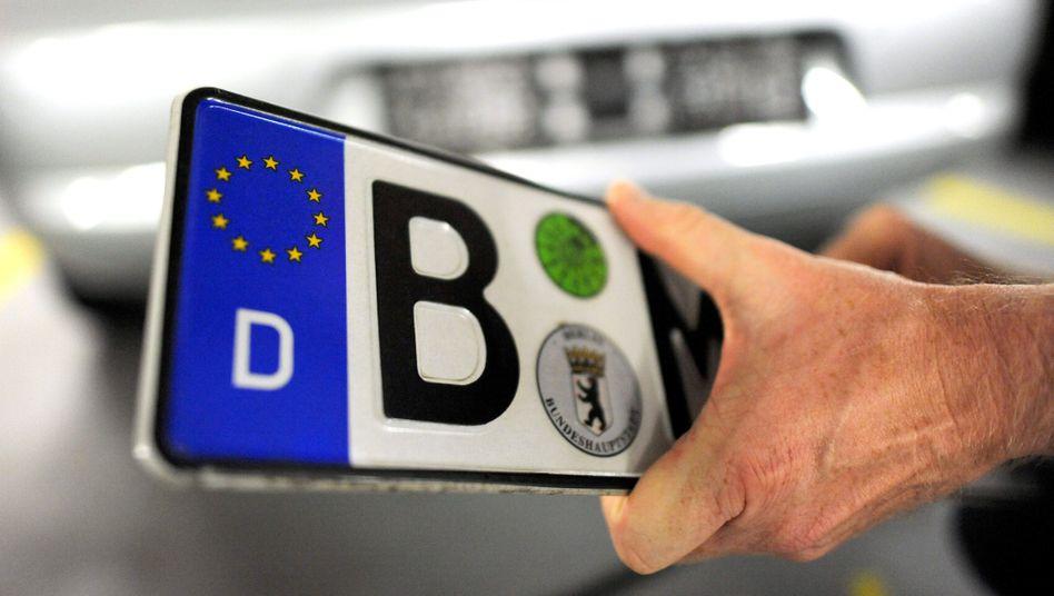 Nummernschild: Mitte 2012 wird das Wechselkennzeichen eingeführt