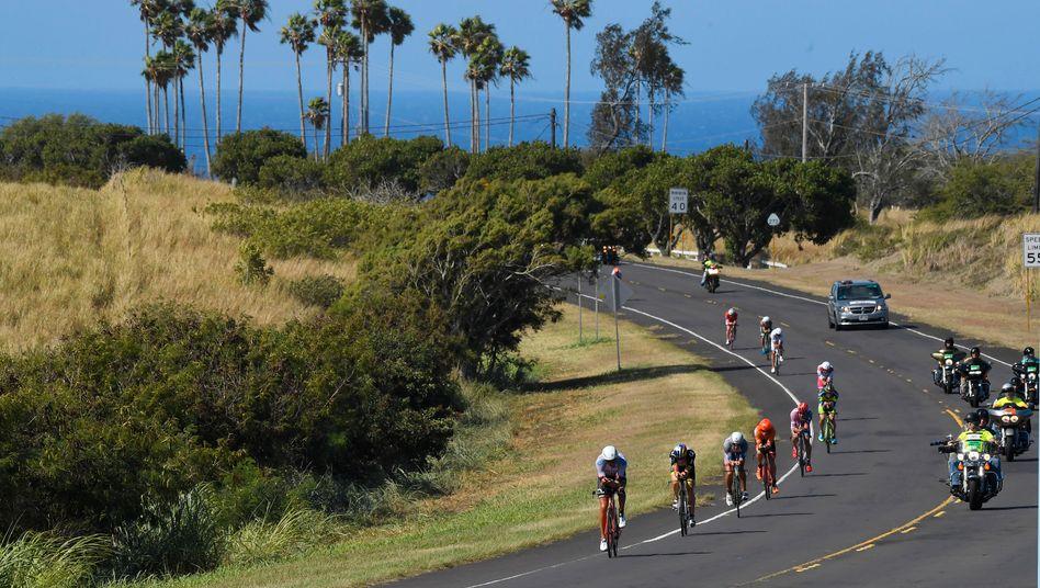 Willkommen im Paradies - zumindest für Urlauber: Auf Hawaii kämpfen die Triathleten bei harten Bedingungen um den Titel