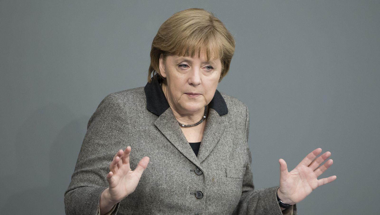 NICHT VERWENDEN Angela Merkel im Bundestag