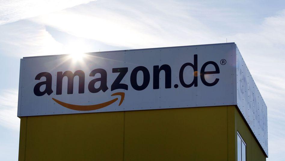 Amazon-Logistik-Center bei Augsburg: Der Konzern plant offenbar ein Tablet zum Dumpingpreis