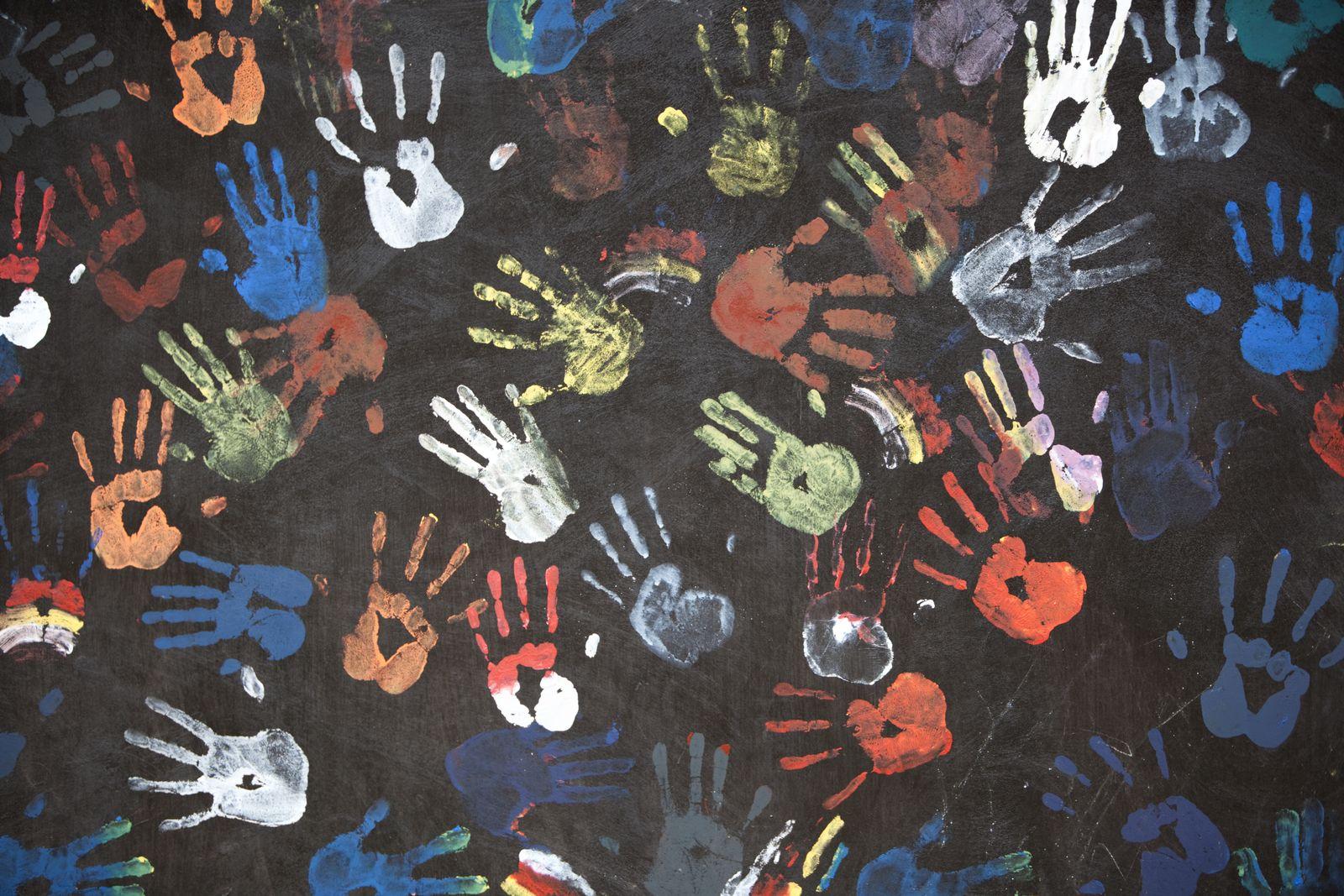 EINMALIGE VERWENDUNG Kinderhände/ Abdrücke