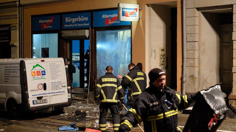Das Bürgerbüros der AfD im sächsischen Döbeln nach einem Anschlag (Archivfoto von 2018)