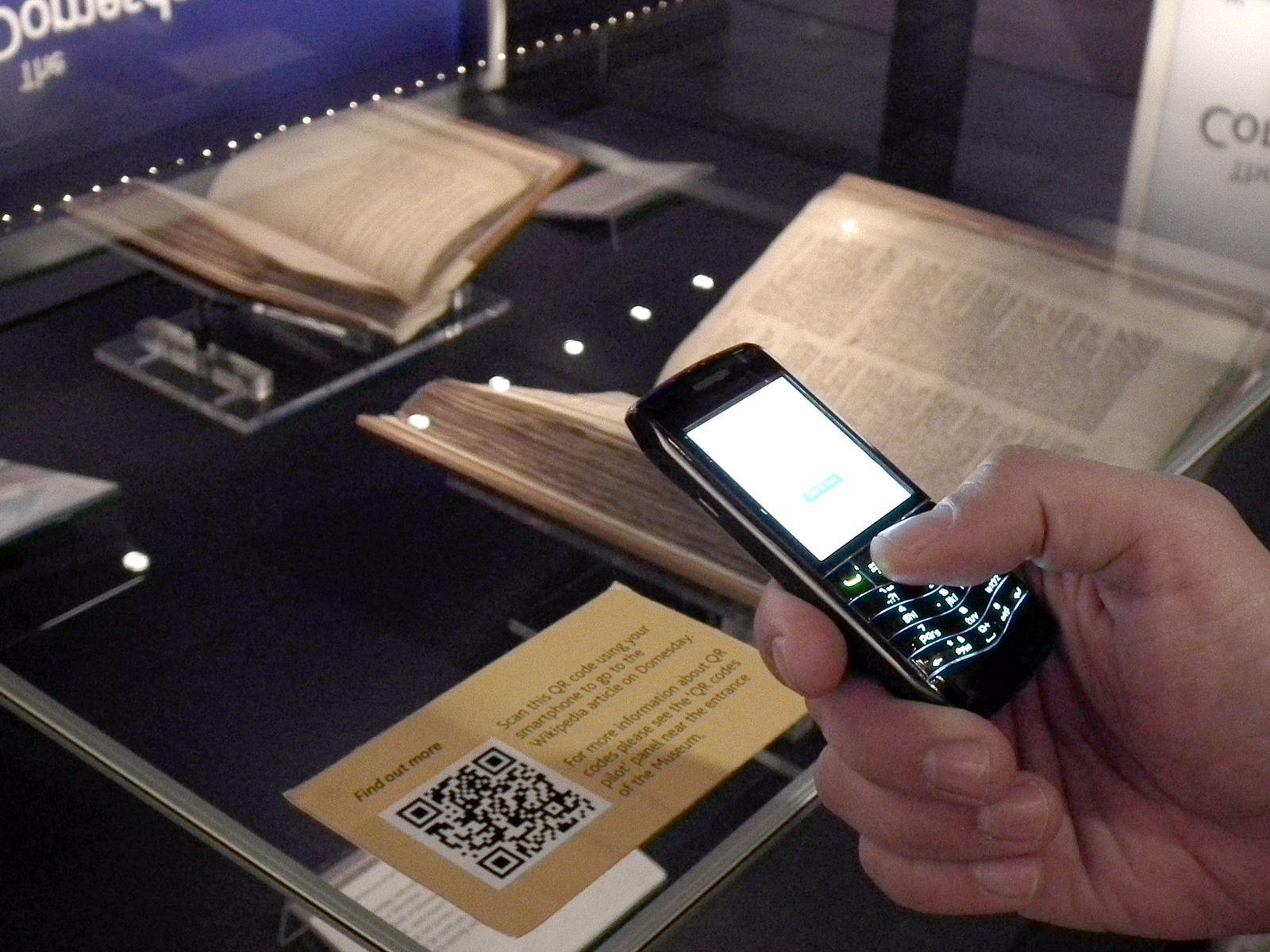 EINMALIGE VERWENDUNG QR Codes / Handyscan / Museum
