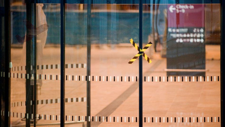 Sperrzone BER: Die Bauarbeiten am Hauptstadtflughafen verzögern sich weiter