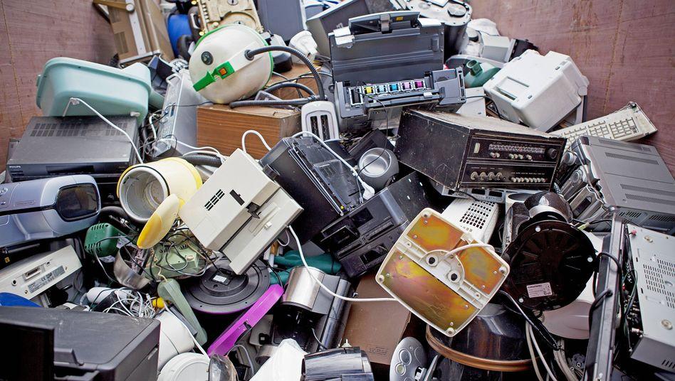 Heute Trend, morgen Müll: Elektroschrott auf einem Wertstoffhof in Erfurt