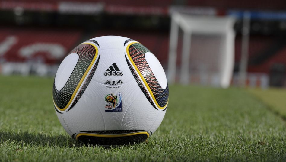 Adidas' official World Cup ball has drawn unusual complaints from strikers.