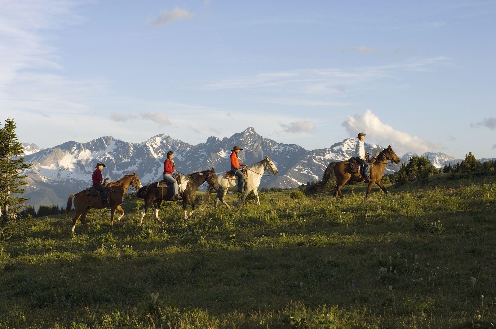EINMALIGE VERWENDUNG Cowboy-Abenteuer an der Cariboo Chilcotin Coast
