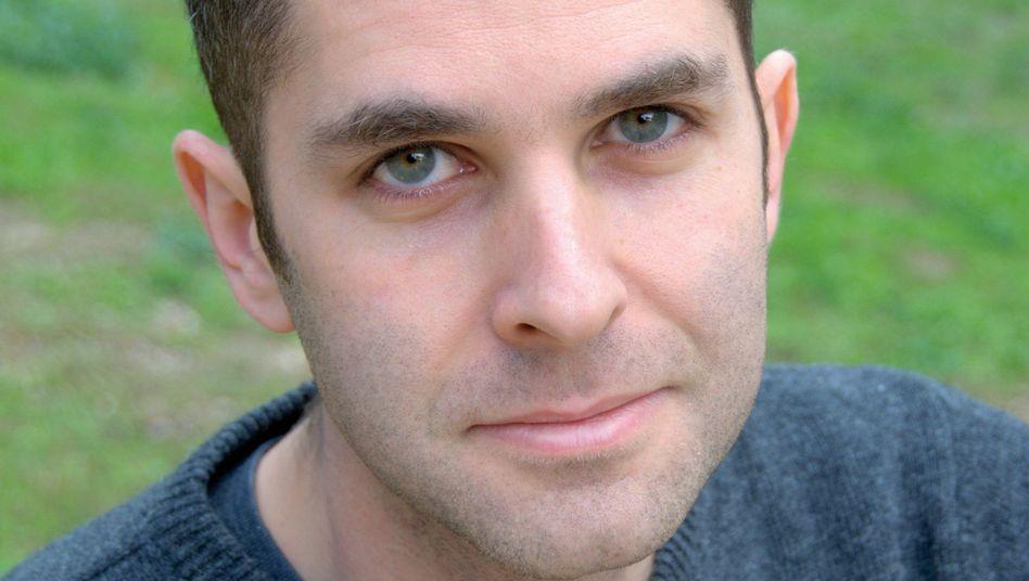 Autor Rachman: Journalistenalltag kann so demütigend sein
